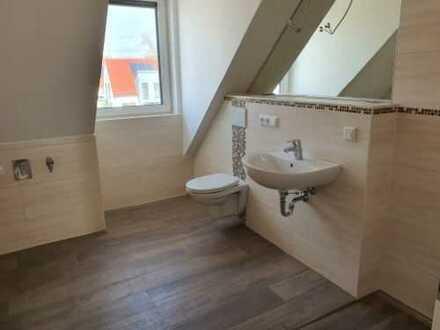3-Zimmer-Maisonette-Wohnung mit Balkon und Galerie sowie Dachterrasse in 97526 Sennfeld / Schw