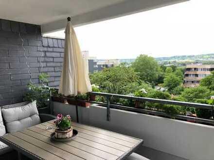moderne helle gut geschnittene 3-Zimmer Wohnung