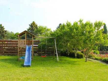 **Kernsaniertes 5-Zi. Einfamilienhaus mit großem Süd-Garten in ruhiger Lage von Niederzier-Hambach**