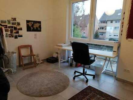 2 schöne Zimmer in 6 er Wg :)