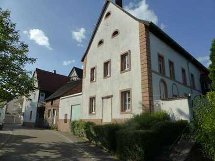 HISTORISCHES GEBÄUDE in Rodalben 3-4 Wohnungen möglich