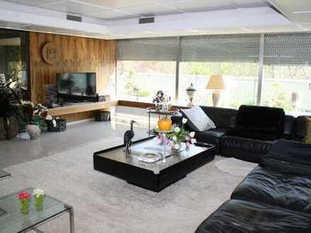 Große,ruhige und sonnige Penthouse Wohnung und ein separates Büro ca 60² in Sindelfingen am Goldbach
