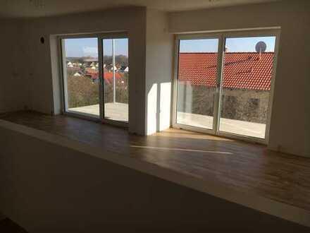 Erstbezug mit Balkon und Terasse: freundliche 5-Zimmer-Wohnung über 2 Stockwerke
