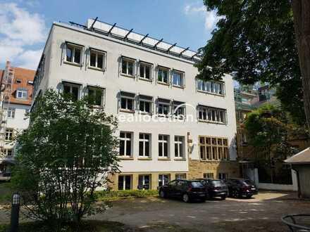 attraktive Büroräume/Atelier im Souterrain mit großen Räumen und Blick in den grünen Innenhof