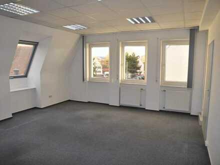 Büro Im Zentrum v. MA-Seckenheim -provisionsfrei- in Ärztehaus