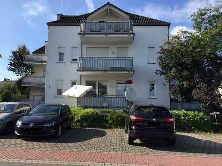 Vollständig renovierte 3,5-Zimmer-Wohnung mit Balkon und EBK in Bad Camberg