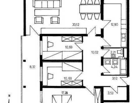 Sanierte 4-Zimmer-Wohnung mit Balkon + Ess-EBK in Gundelfingen, Fernblick, Abendsonne