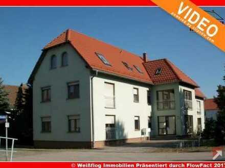3 Zimmerwohnung mit Einbauküche und Stellplatz