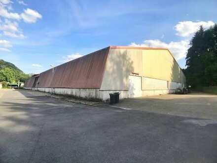 Große Lagerhalle (ca. 482m²) mit Büro-Möglichkeit (zusätzl. anmietbar) in Velbert ab 1.9.19