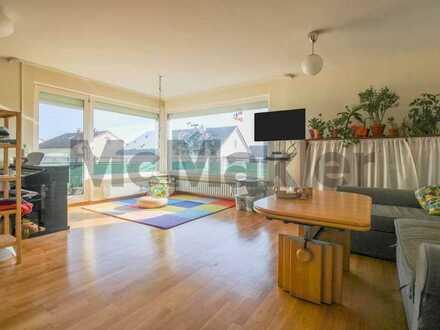 Zuverlässig und unkompliziert: Gepflegte 5-Zimmer-Wohnung mit Sonnenbalkon in ruhiger Feldrandlage