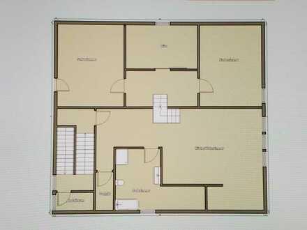 Erstbezug nach Sanierung: schöne 4-Zimmer-Dachgeschosswohnung in Geltendorf