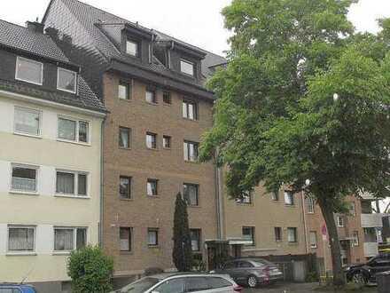 Gepflegte 3-Zimmer-Eigentumswohnung mit Pkw-Stellplatz in Köln-Pesch