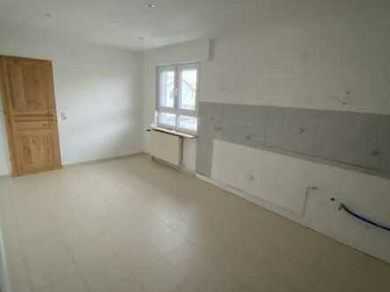 Attraktive Wohnung Hell mit vier Zimmern in Budenheim