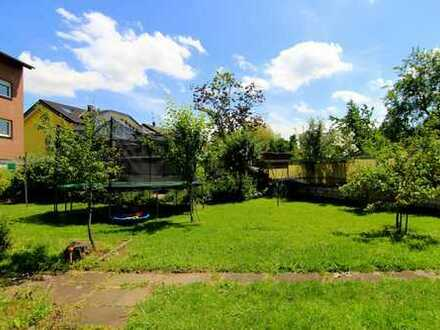 20 km in die Kölner Innenstadt - Großzügige 4 Zimmer Wohnung mit Gartenanteil in ruhiger Lage