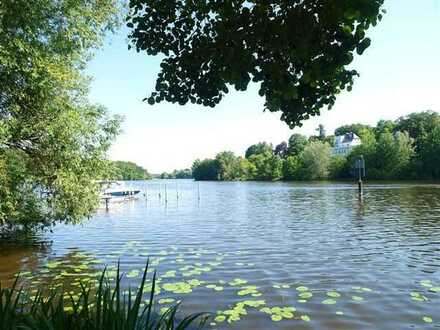 Perle am Griebnitzsee: direkter Seezugang, umgeben von Wald und den Parks von Schlösser & Gärten