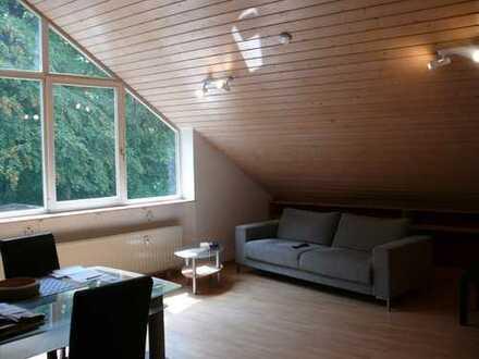Helle und ruhige 2-Zi-Wohnung, möbliert, Weil der Stadt-Schafhausen