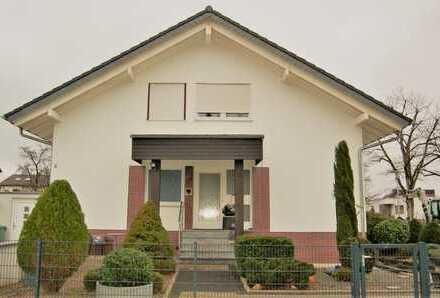 Ein- Zwei- oder Dreifamilienhaus in fantastischer Lage