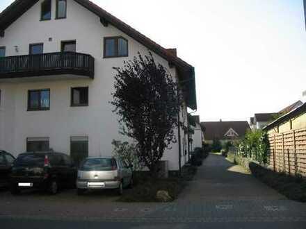Gepflegte 3-Zimmer-Wohnung mit Balkon und EBK in Karlstein am Main