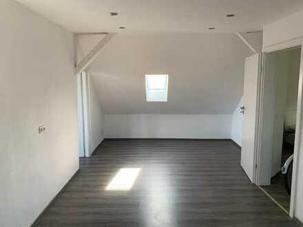 Renovierte 3. Zimmer Wohnung mit 63 qm.