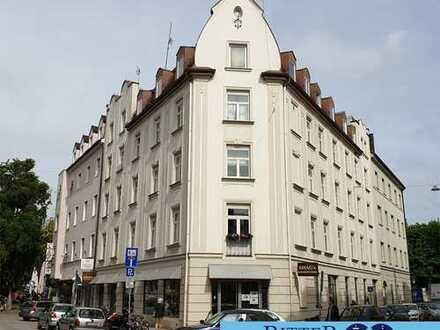 SCHWABING - Fußläufig zur Münchner Freiheit * Altbau mit Chic & Charme * ca. 85 m² - PROVISIONSFREI