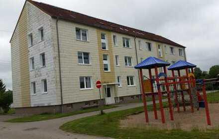 3 Raum- Erdgeschosswohnung in Dersewitz bei Anklam/ Nähe Usedom