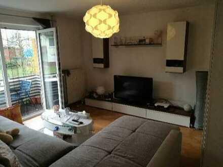 Schöne renovierte 1,5-Zimmer-Wohnung mit Balkon und Einbauküche in Mosbach