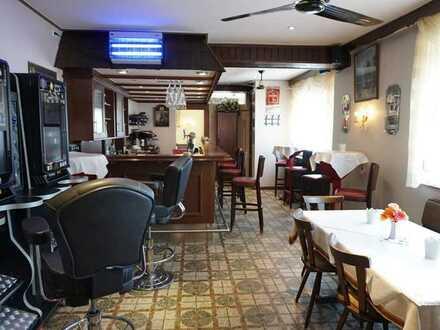 ARNOLD-IMMOBILIEN: Gutgehende Gaststätte mit Biergarten + Betreiberwohnung