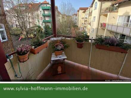 * ETW für Kapitalanleger * Balkon * Küche mit Fenster * Außenrollos * TG-Stellplatz *