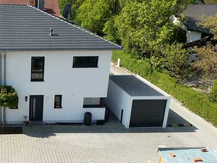 Schönes Haus mit fünf Zimmern in Ingolstadt, West