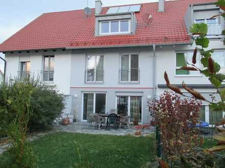 Kinderfreundliches Haus mit Terrasse und Garten und EBK