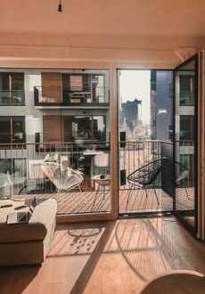 Zentrale Wohnung mit Elbphiblick, großem Balkon und lichtdurchflutet!!