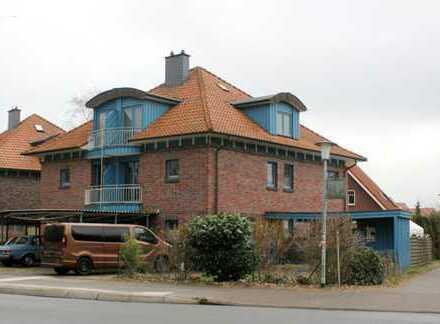Osternburg - vermietete XXL Doppelhaushälfte - 6 Zimmer, 2 Balkone, Carport und Garten!