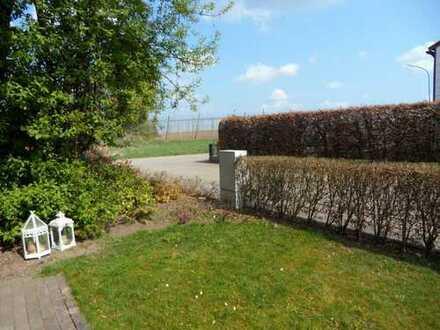 Charmante, geräumige Doppelhaushälfte mit eingewachsenen Garten in Geisenfeld