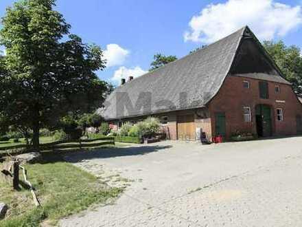 Einzigartiges Ensemble: Hofstelle und großes Wohnhaus mit neuer, moderner Stallanlage