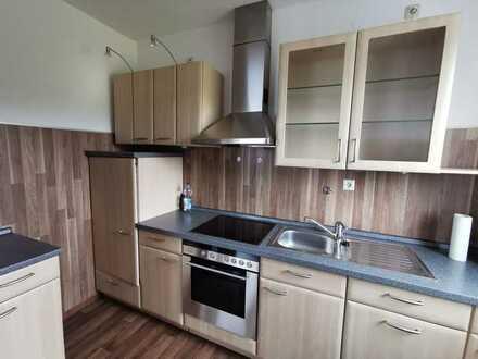 Gepflegte 3-Raum-Erdgeschosswohnung mit Einbauküche in Grafenwöhr