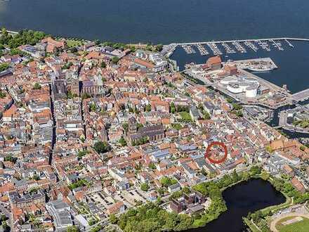 Saniertes, voll vermietetes Altstadthaus in Stralsund, zwischen Neuem Markt & Hafeninsel