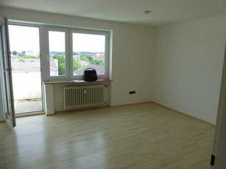 Schöne, geräumige ein Zimmer Wohnung in Kaufbeuren, Kaufbeuren (Kernstadt)