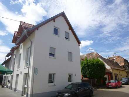 Geräumige Wohnung mit zwei Zimmern im freundlichen Bornheim
