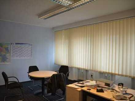 Geräumige Bürofläche in bester, zentraler Lage