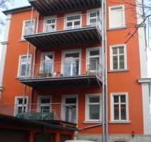 Große und helle Fünfzimmerwohnung (Super WG-geeignet) mit großem Balkon provisionsfrei zu vermieten