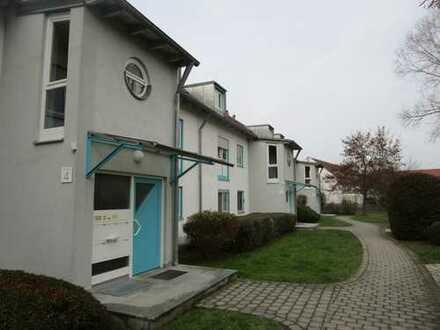 Sonnige 3-Zimmer-Wohnung mit Balkon und Einbauküche in Neu-Ulm, Offenhausen