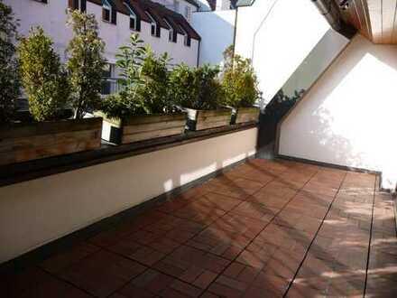 Traumhafte Maisonettewohnung über den Dächern der Altstadt