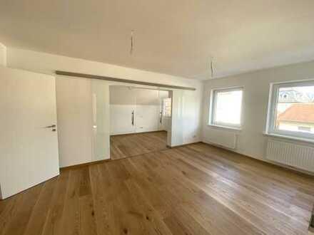 Erstbezug nach Sanierung! Großzügige 2,5-Zimmer Wohnung in Coburg-Zentrum