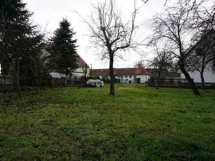 Baugrundstück für zwei EFH im Schönfelder Hochland