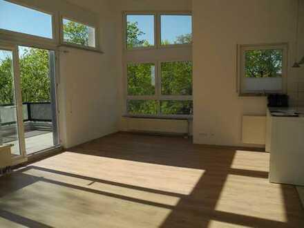 Kriftel 3 Zimmer-Wohnung mit LOFT- Charakter, großer Sonnenterrasse, EBK und 2 PKW-Stellplätzen