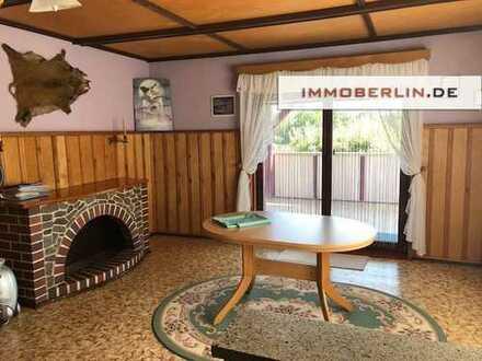 IMMOBERLIN: Attraktives Duo - Einfamilienhaus & vermieteter Gewerbebungalow