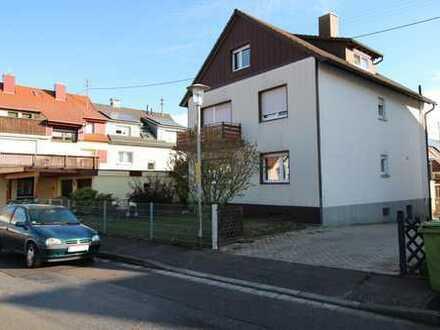 Mehrfamilienhaus Langensteinbach in Top Lage