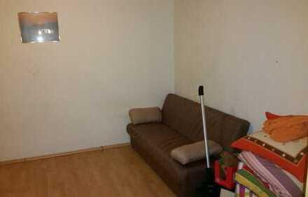 1 Zimmer nur für Studentinen 15m²