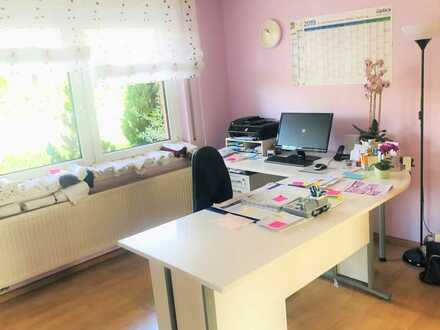Massagepraxis / Arztpraxis / Büro /Atelier / Beauty- u. Kosmetik u.v.m.