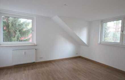 Eppendorf-Süd:Helle 3,5 Raum Wohnung mit Balkon